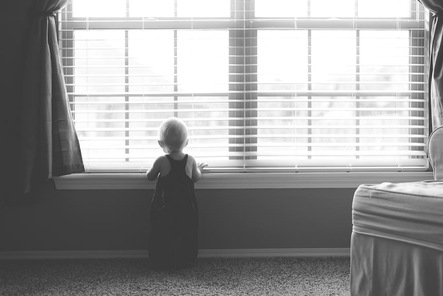 eight-month-pictures-black-and-white-tulsa-photographer