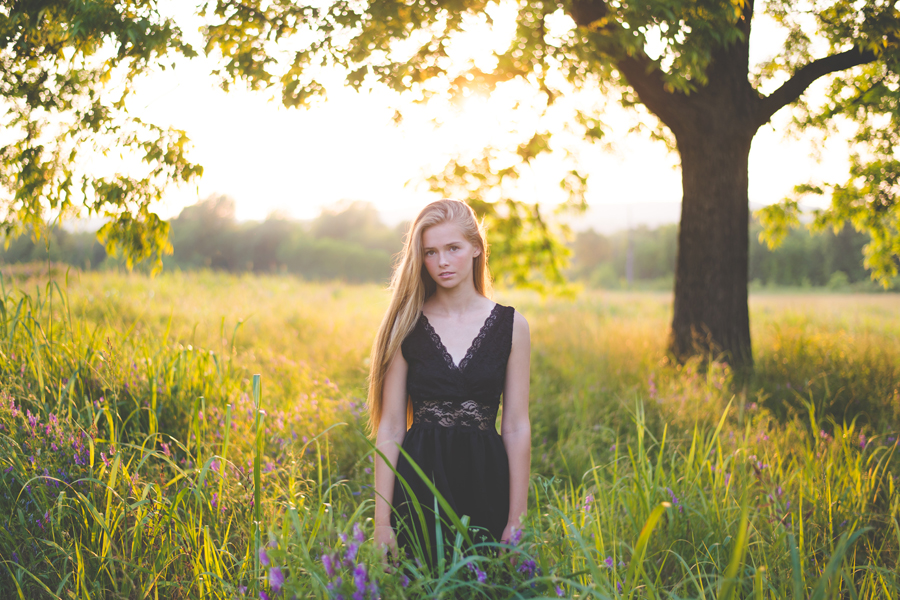 tulsa-photographer-senior-pictures-field